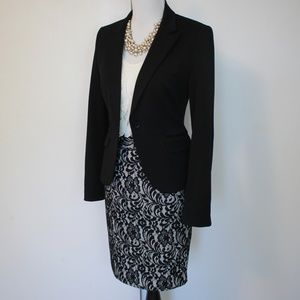EXPRESS Size 4 Black Skirt Suit Blazer & Skirt
